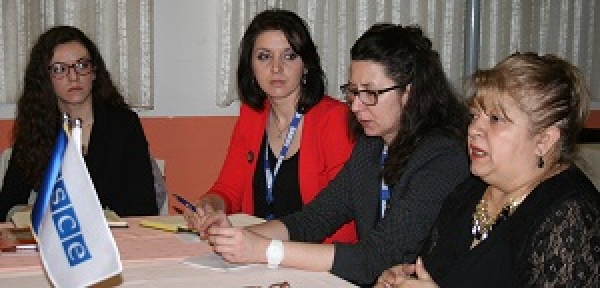 Round table on education of Roma children
